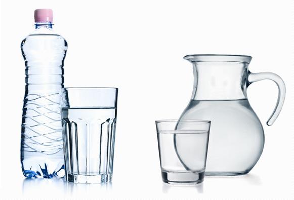 Boire de l'eau pendant les fêtes? Oui, mais quelle eau?